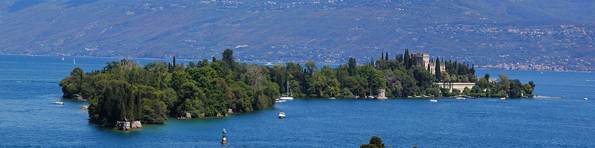 Isola del garda si trova sul lago di garda